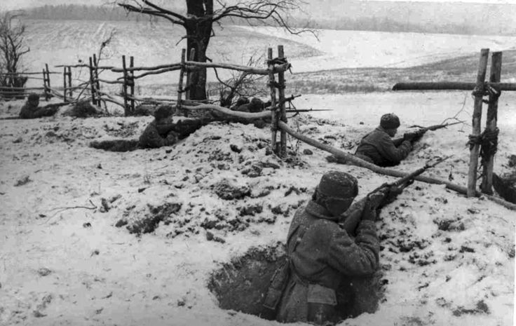 Battle of Moscow, December 1941: Russian troops on the defensive line around Moscow get ready for the German assault.