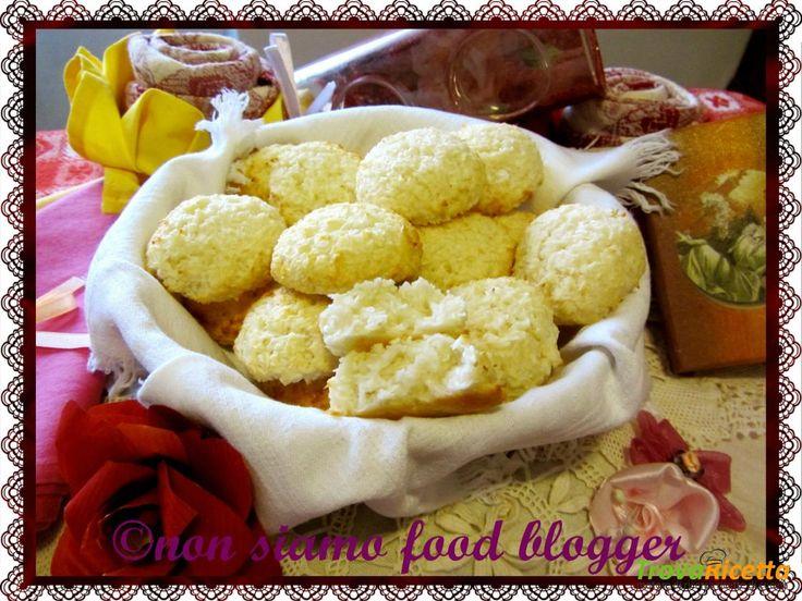 Biscotti al cocco light (senza uova, burro e olio)  #ricette #food #recipes