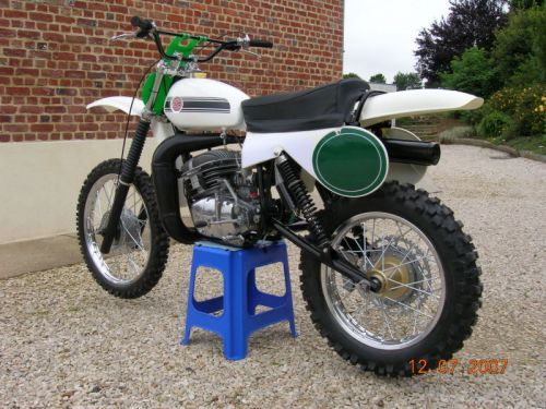 les belles machines europeenes le guide vert les belles ann es du moto cross. Black Bedroom Furniture Sets. Home Design Ideas