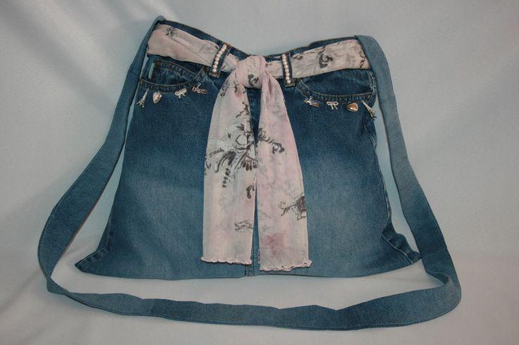 Umhängetaschen - Jeanstasche blau, Umhängetasche Paris - ein Designerstück von Angelas_Kreativwelt bei DaWanda
