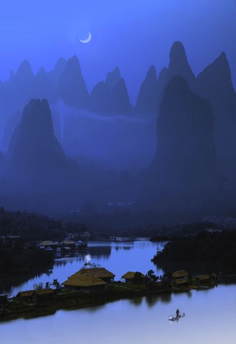 Cormorants used to catch fish, Guilin, southern China