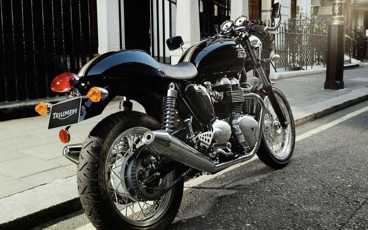 Скачать обои triumph thruxton, триумф, кафе рейсер, cafe racer, раздел мотоциклы в разрешении