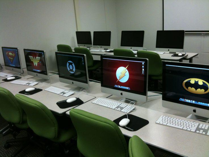 Batman,Superman ,Flash,etc in my computer?Cool! .. School classroom should be fun like this