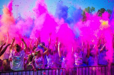 Pescara, Coca cola e Crodino tour e Color Vibe, la corsa dei colori