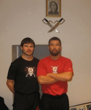 http://wtkungfu.cz/european-vs-hong-kong-wing-tsun/ - Sifu Chris Collins and Brett Slansky...