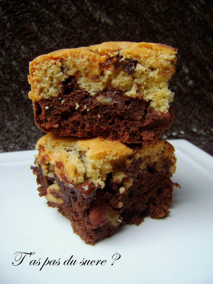 Le deuxième intitulé pour cette recette : Le pavé de calories ! Y a pas à dire, quand c'est ultra riche, c'est ultra bon !! ( qu'il paraîtrait !!!) Ce gâteau confirme tout cela ! le moelleux du brownies, avec ses notes de noix et d'arachide,... et le...