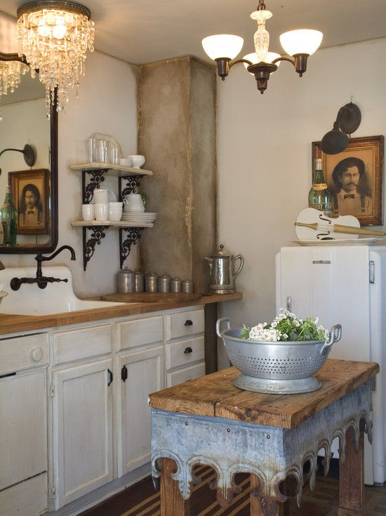 Old World Tuscan Design, Pictures, Remodel, Decor and Ideas - page 7 - repinned from Jamie W-M - from houzz.com - love small island (just what I need & right 4 our kitchen) w/detailed trim!