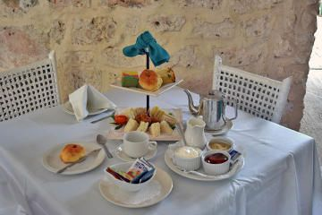 Tour a famous #Barbados rum distillery then settle in for afternoon tea at the nearby historic Plantation house!