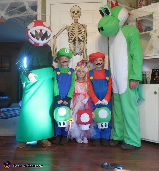 17 best images about shs 8th grade halloween on pinterest for Diy scrabble costume