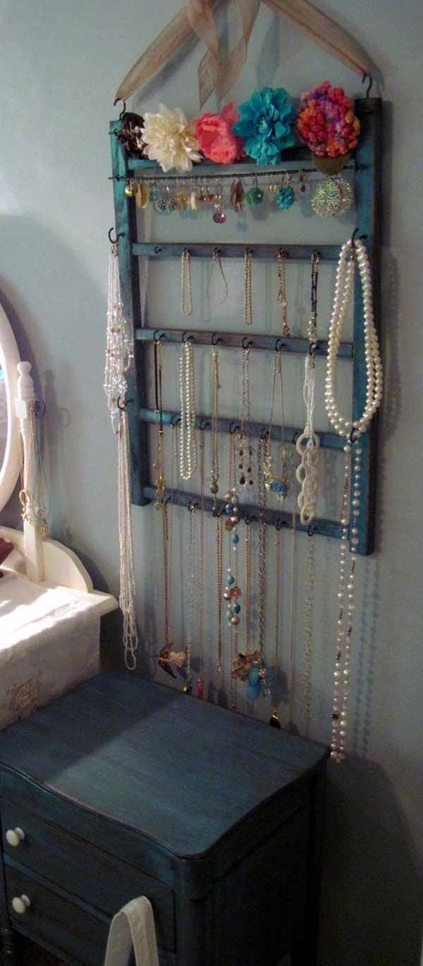 an old baby cribu0027s side rail turned jewelry hanger the most 23 coolest hanger ideas