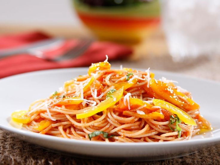 ... ANGEL HAIR WITH BARILLA TOMATO AND BASIL SAUCE, YELLOW BELL PEPPERS