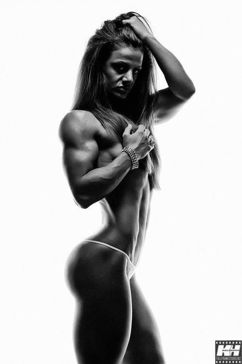 Sex girls black girls nude on gym photos