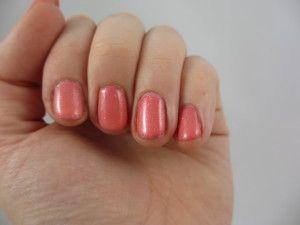 tip voor sterkere nagels. Eet gezond en gevarieerd. Stop met het gebruik van nagel verharder.
