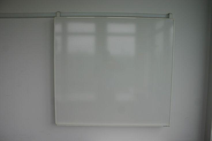 Whiteboard mit Wandschiene, Größe: 112 x 120 cm, magnetisch