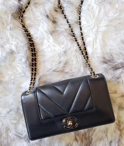 17K Chanel Chevron Black Glazed Lambskin Mini Classic Flap bag Gold Hardware ce640881b6