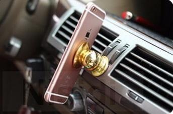 Магнитный держатель для мобильного телефона на торпеду автомобиля