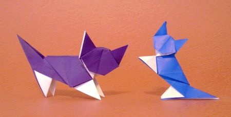 Origami Cat - White Socks by Jun Maekawa folded by Gilad Aharoni