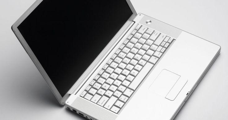 ¿Cómo desarmar una computadora portátil Acer para limpiar el teclado?. Durante el uso cotidiano de la computadora portátil Acer, el área debajo de las teclas puede acumular polvo o llenarse de suciedad. Si el problema son las migas de pan de bocadillos mientras escribes o el pelo de una mascota que no puede mantenerse alejada de tu portátil, no tienes que vivir con un teclado sucio para siempre. Para una limpieza ...
