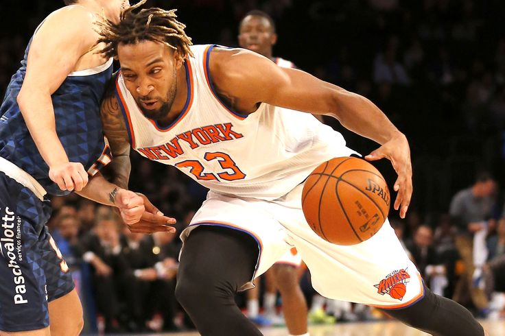 Knicks coach Derek Fisher gave forward Derrick Williams a backhanded compliment after the 2011 draft bust racked up a team-high 23 points in Friday's 115-104 preseason win over the Wizards, recover...