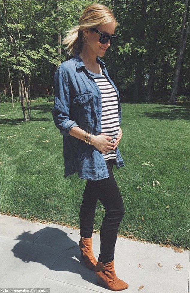 Baby's first photoshoot: Kristin Cavallari proudly showed off her little baby bump in an I...