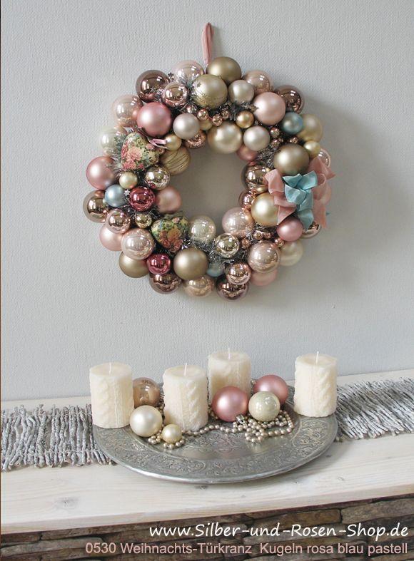 Traumhafte Winterpastells Türkranz Weihnachten Kugeln pastell rosa groß
