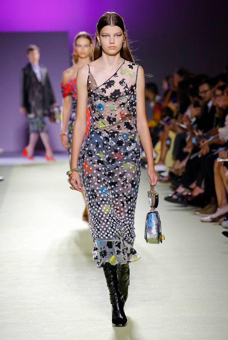 ac3a90691dd7 Versace Spring Summer 2019 Ready-to-Wear