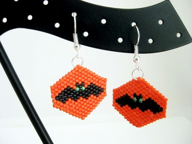Halloween Jewellery – Bat Peyote Earrings for Halloween – a unique product by MadeByKatarina on DaWanda