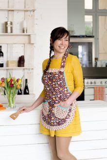 4094 best aprons images on pinterest apron patterns aprons and kitchens. Black Bedroom Furniture Sets. Home Design Ideas