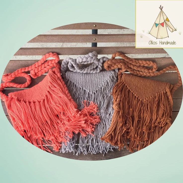 Fringe is everywhere you look right now. From shoes to kimonos to bags…you name it and you will find it. I wanted to translate that into a crochet ...
