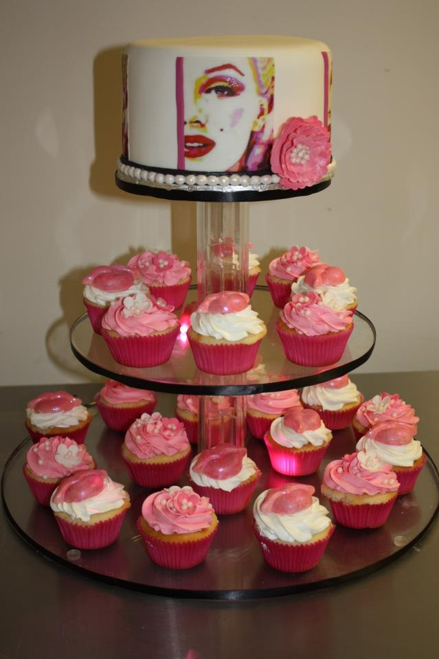 Marilyn Monroe cake, my daughter will love this