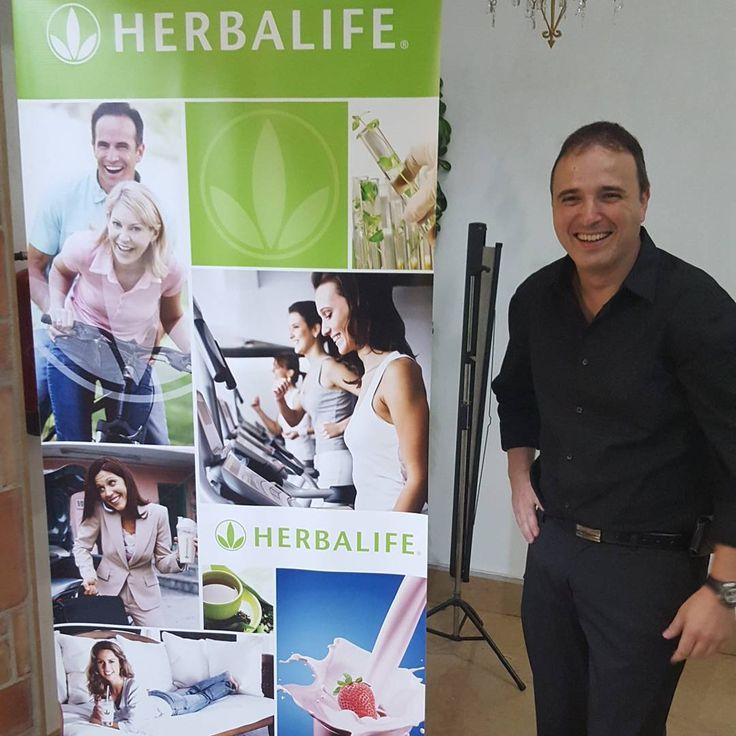 En un evento de Herbalife, anoche en el Celebrity Lledó.
