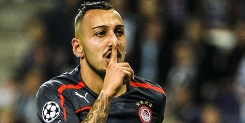 Arsenal and Borussia Dortmund star eyeing Greece -   Mitroglou is now the target of several big European clubs. © AFP     Bola.net  – The report of a Portuguese sports newspaper,  A Ball , mentioning that  Arsenal  and  Borussia Dortmund  now exploring likely to memboyog striker  Olympiakos ,  Kostas Mitroglou .  player who is now 25 years ... - http://www.technologyka.com/indonesia
