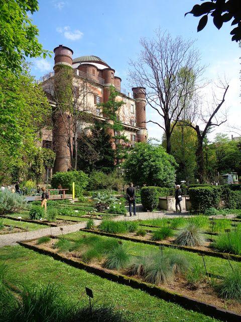 Orto Botanico di Brera - Milano https://lefotodiluisella.blogspot.it/2017/04/immagini-milano-design-week.html