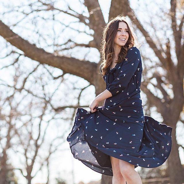 Acadia Tie-Neck Dress