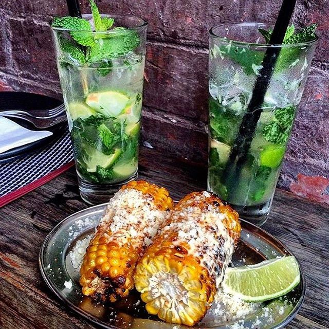🇦🇺🇲🇽Mexican Street Corn and 2 Mojito's from the one and only @radio_mexico 🌽🌽 ST KILDA #radiomexico #stkilda #mexicanfood #streetcorn #mojitos #delicious #melbourne #melbournelifelovetravel #visitmelbourne #melbourne #instaeats #instagood #instafood #tapas