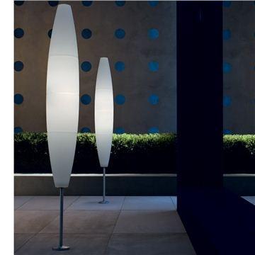 Die besten 25+ Contemporary outdoor floor lamps Ideen auf - leuchtende solar tisch foscarini