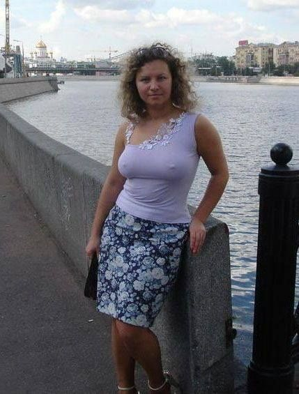 Online dating older woman