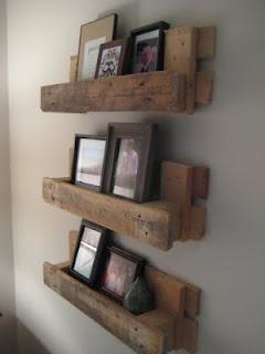 Des étagères à partir de palettes, peut etre pour des livres plutôt