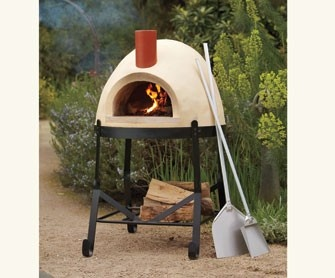 Great idea - easy, portable pizza oven. I think we would use this a lot if we had it at home.