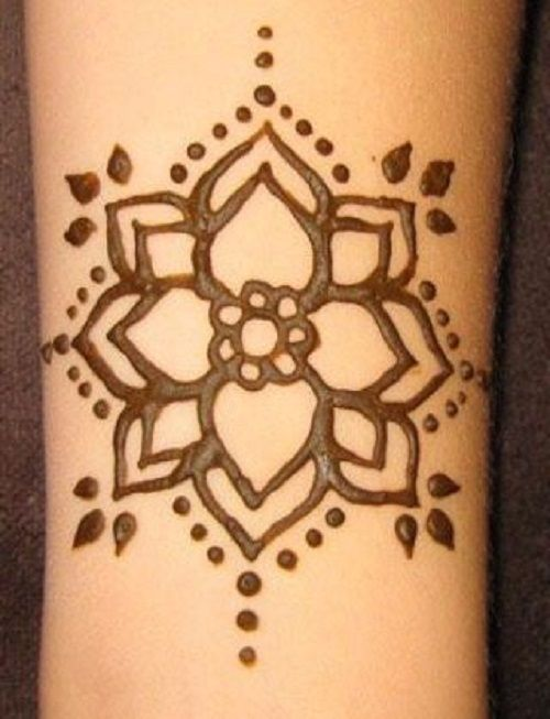 Small Flower Henna Tattoo: 30 Simple & Easy Henna Flower Designs Of All Time