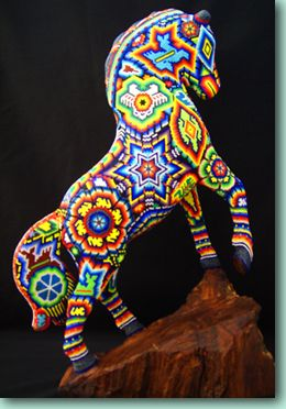 Arte Huichol. México.