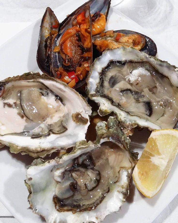 ...👌👌👌 😋 Рай!!! Девочки,а как вы относитесь к морепродуктам? #отвалбашки #💦💦💦 #healthyfood#fitness#protein#fooddairy#fitfood#foodporn#delicious#yummy#ЗОЖ#ПП#инстаеда#фотоеды#мидии#omnomnom #морепродукты #seafood #shrimps #белок #spain #испания #перекус #ola #устрицы #oysters #оргазм #mussels #