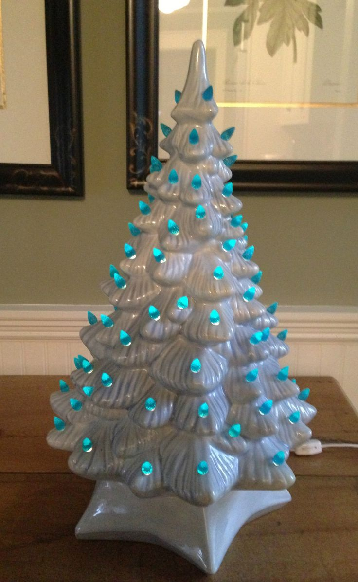 Ceramic christmas tree molds - Vintage 19 Inch Holland Mold Blue Lighted Ceramic Christmas Tree 75