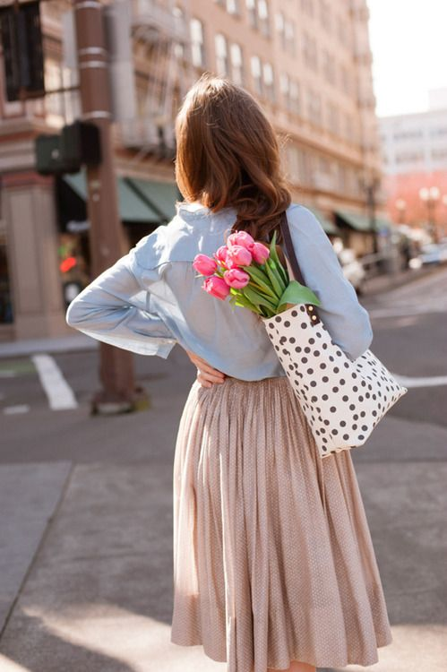 Delicate polka dot skirt, flowy breezy top. Effortless summer look.