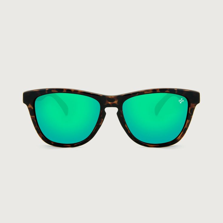 HOKANA CAREY GRASS SUNGLASSES