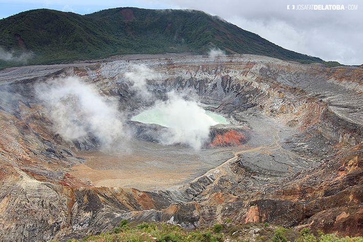 Poas Volcano in Costa Rica #josafatdelatoba #cabophotographer #travels #Costarica #landscapephotography #volcán #poas