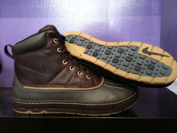 Nike ACG Woodside Boots - Available - SneakerNews.com