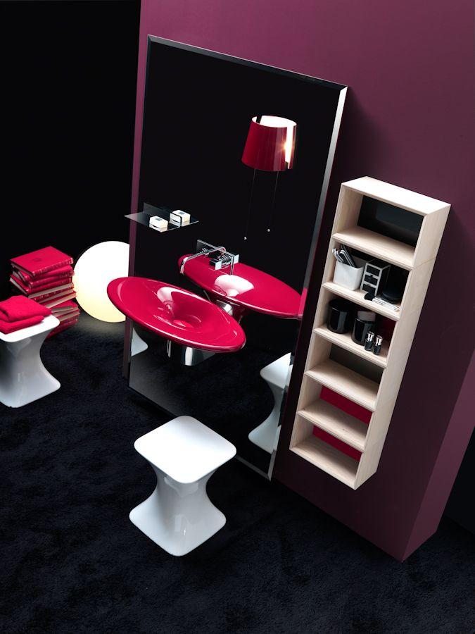 #Karol | Moretti-Rossini Tinte avvolgenti ed eleganti, per un #idea #bagno tutta al femminile. www.gasparinionline.it #interiors #ideebagno #bagnoarredo