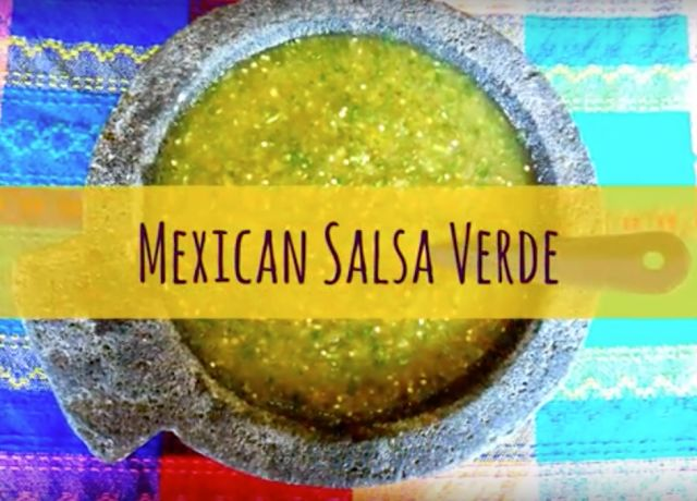 Best Recipes Online: Authentic Mexican Salsa Verde. Tomatillo Green Sal...