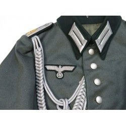 G7089.)GERMAN ARMY ADMINISTRATIVE OFFICIAL'S WAFFENROCK TUNIC